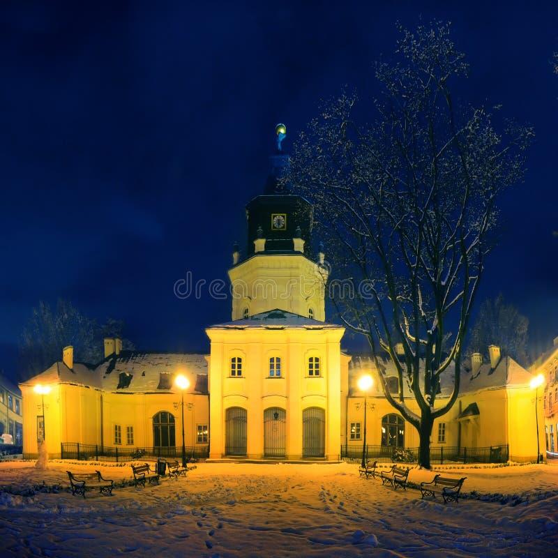 Siedlce的城镇厅,波兰在晚上 库存图片