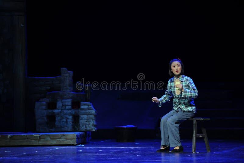 Siedzieć na ławce zaczynał haftować brandzla Jiangxi operę bezmian obrazy stock