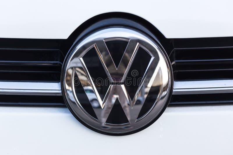 Siegen, Rin-Westfalia del norte/Alemania - 14 11 18: VW firma adentro el siegen Alemania imágenes de archivo libres de regalías