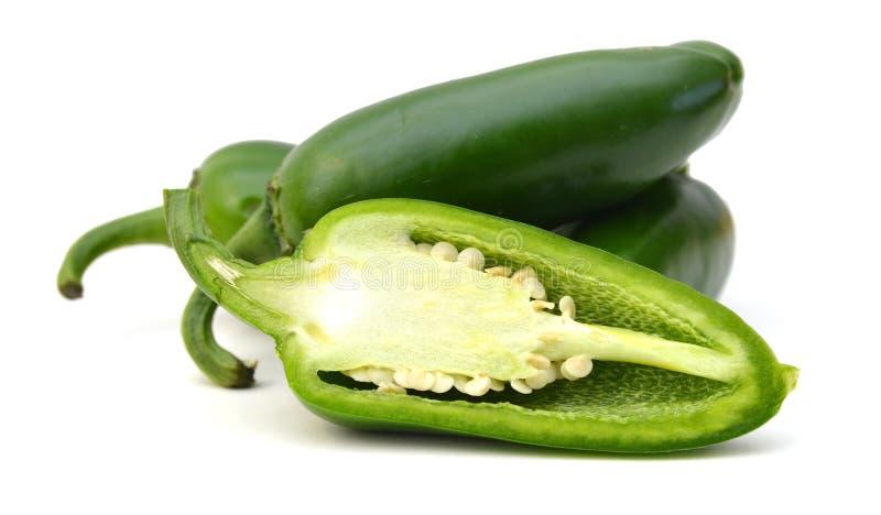 Siekający chili pieprze zdjęcia royalty free