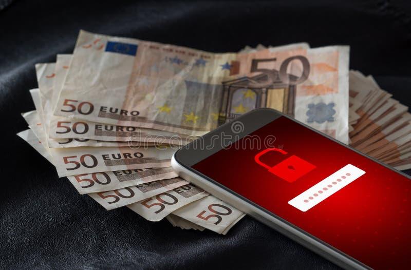 siekający Cyber ochrona i mobilny sieka pojęcie zdjęcie stock