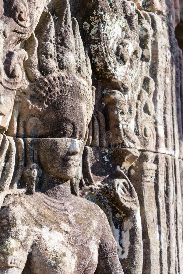 Siem Reap Cambodja - December 08 2016: Bayon tempel i Angkor Thom fotografering för bildbyråer