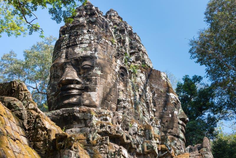 Siem Reap Cambodja - December 11 2016: Norr port i Angkor Thom A royaltyfri foto