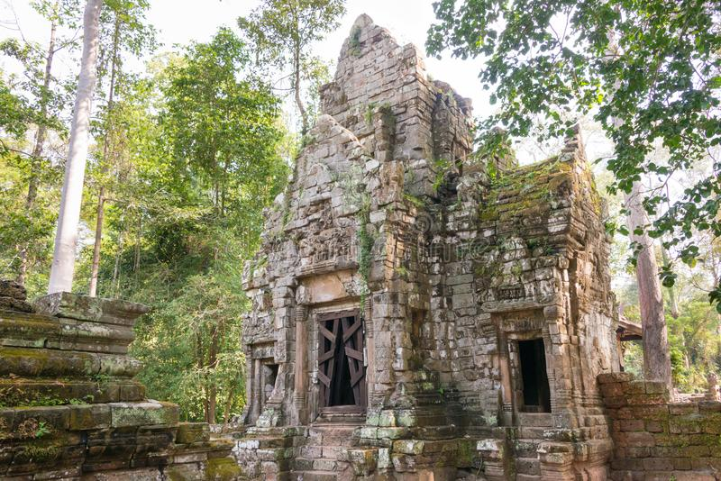Siem Reap Cambodja - December 10 2016: Preah Palilay i Angkor Thom royaltyfri foto