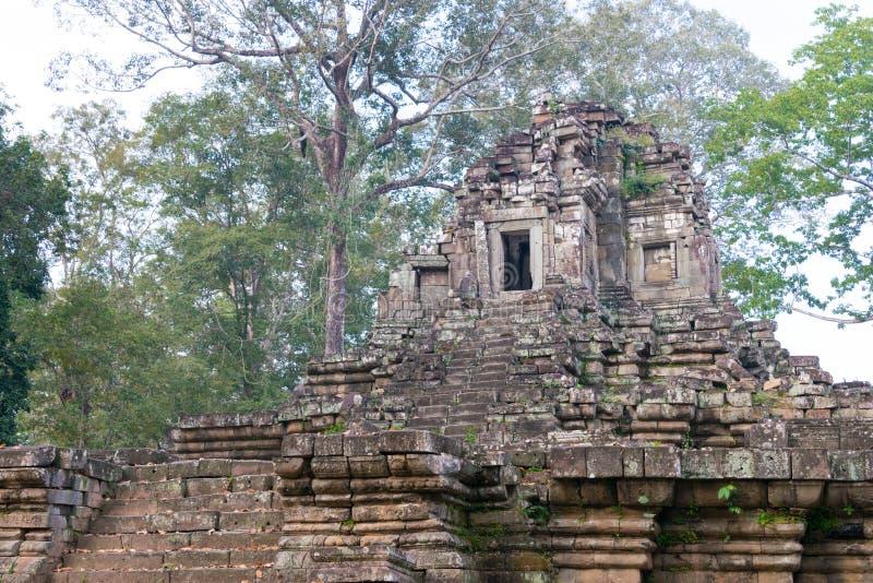 Siem Reap Cambodja - December 10 2016: Preah Pithu i Angkor Thom A royaltyfri bild