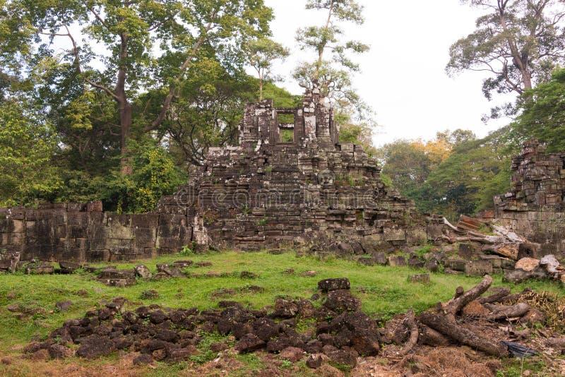 Siem Reap Cambodja - December 10 2016: Preah Pithu i Angkor Thom A royaltyfria foton