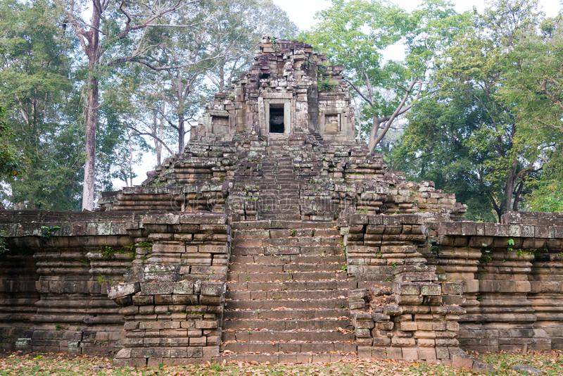 Siem Reap Cambodja - December 10 2016: Preah Pithu i Angkor Thom A arkivbilder