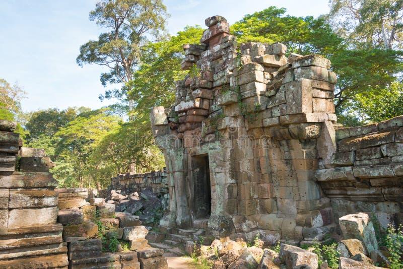 Siem Reap Cambodja - December 10 2016: Preah Pithu i Angkor Thom A royaltyfri fotografi