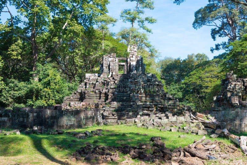 Siem Reap Cambodja - December 10 2016: Preah Pithu i Angkor Thom A arkivbild