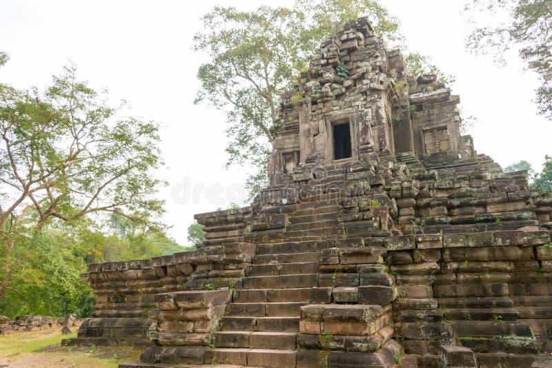 Siem Reap Cambodja - December 10 2016: Preah Pithu i Angkor Thom A royaltyfria bilder