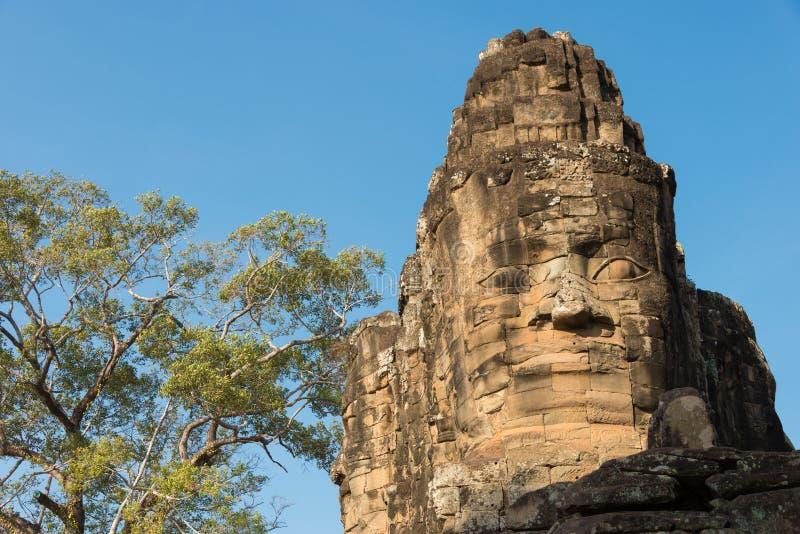 Siem Reap Cambodja - Februari 4 2015: Angkor Thom ett berömt historiskt arkivbilder