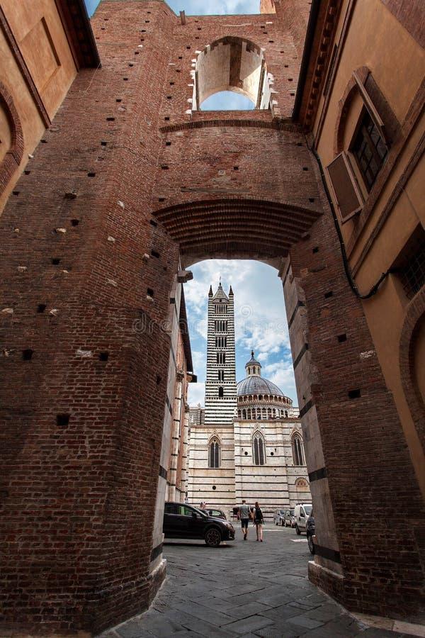 Siena Cathedral Duomo di Siena bei Sonnenuntergang - Siena, Toskana, Italien lizenzfreies stockfoto