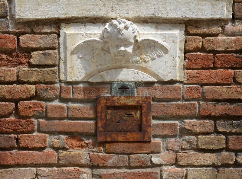 Sierengelendetail in Venetië, vierkant, in Europa royalty-vrije stock afbeelding