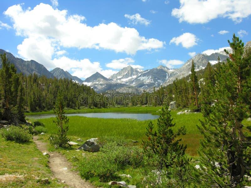 Sierra lac nevada photos libres de droits