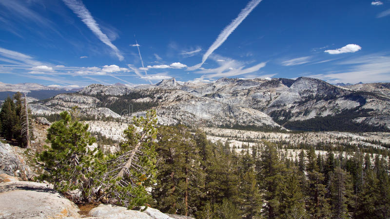 Download Sierra Nevada stock photo. Image of park, travel, california - 26678658