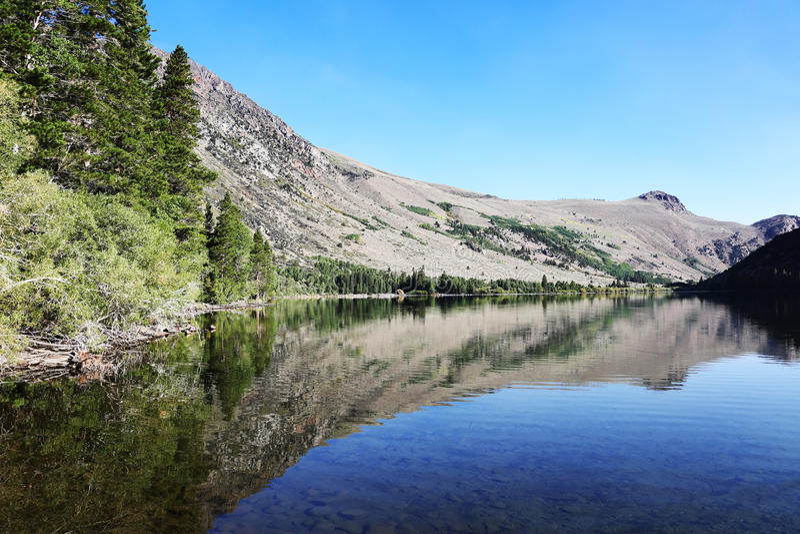 Sierra Nevada Mountain Silver Lake fotos de archivo