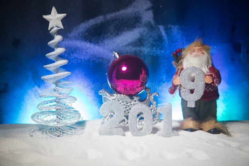 2019 siffror på snön Lyckligt nytt 2019 år begrepp Töm utrymme för din text royaltyfri bild