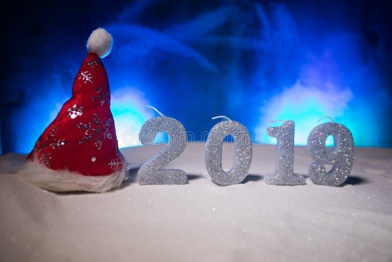 2019 siffror på snön Lyckligt nytt 2019 år begrepp Töm utrymme för din text royaltyfria bilder