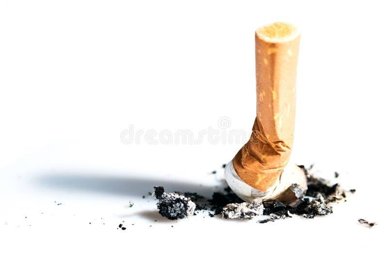 Sigaret uiteinden uitgedrukte V1 stock fotografie