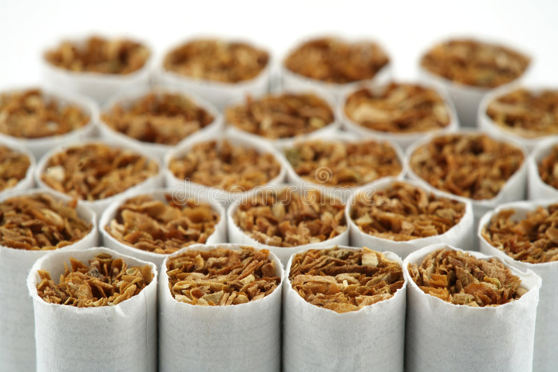 Sigaretta del fumo fotografia stock libera da diritti