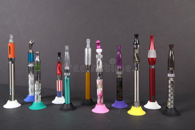 Sigarette elettroniche fotografie stock