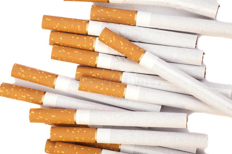 Sigaretten met bruine filter stock afbeelding