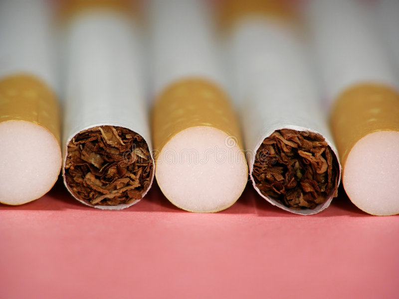 Sigaretten met filter stock fotografie