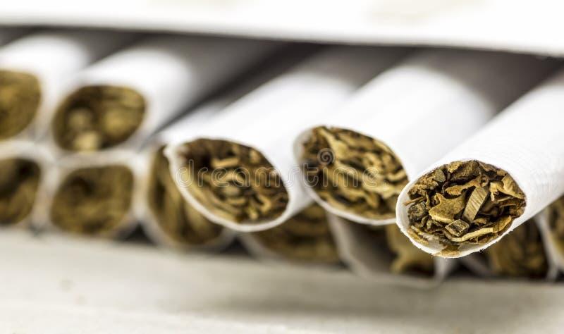 Sigaretten zonder filter stock afbeelding