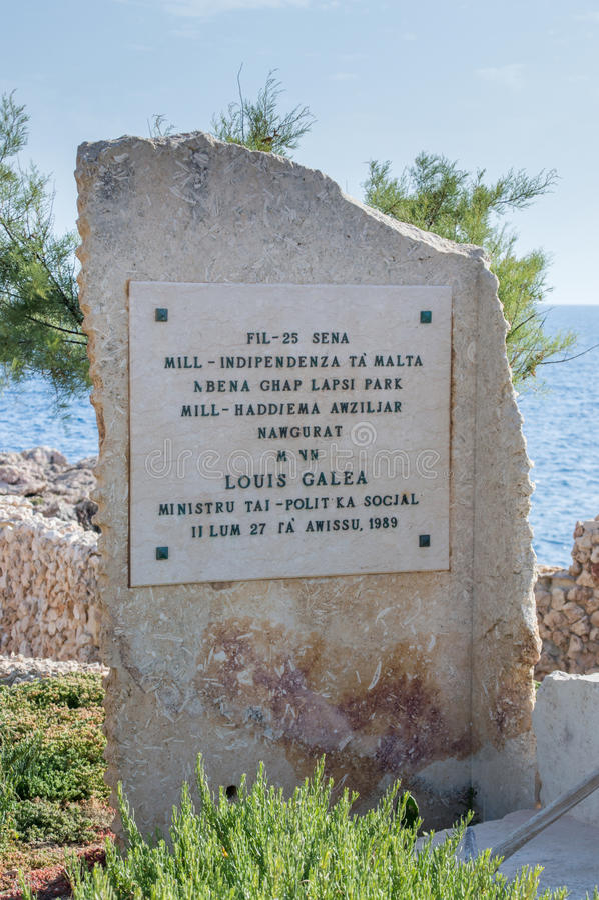 Siggiewi,马耳他- 2017年5月10日:纪念品在Triq Lapsi公园 库存照片