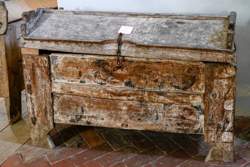 SIGHISOARA, TRANSYLVANIA/ROMANIA - 17 DE SETEMBRO: Che de madeira velho fotografia de stock royalty free