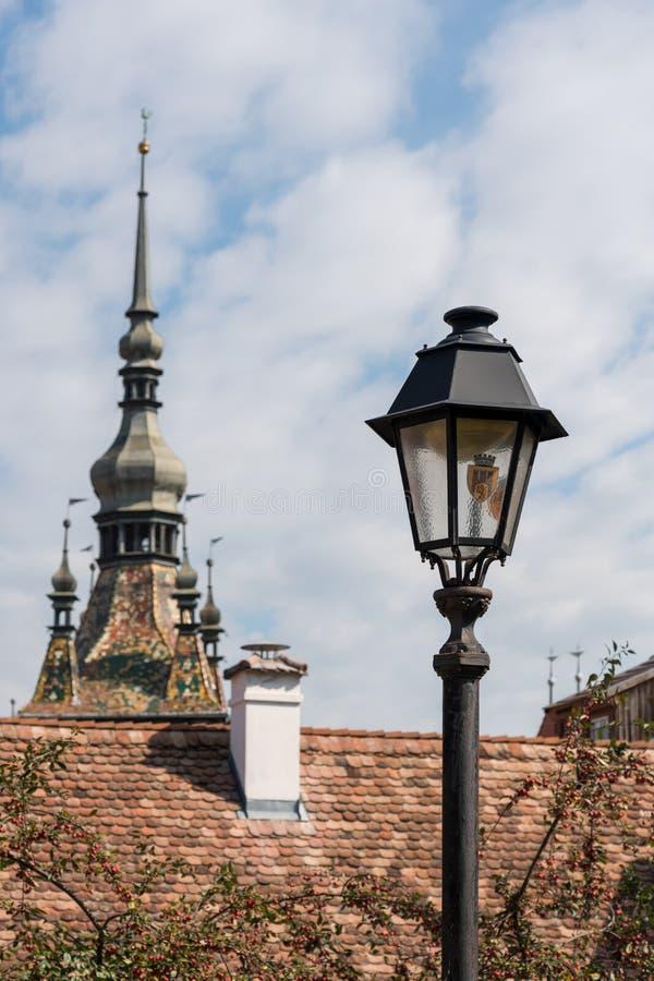 SIGHISOARA, TRANSYLVANIA/ROMANIA - 17 DE SETEMBRO: Lâmpada velha no si foto de stock royalty free