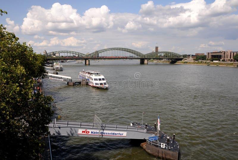 Sightkryssning på Rhinen royaltyfria foton