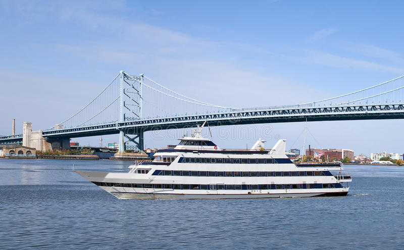 Download Sightseeing Cruise Ship stock image. Image of blue, franklin - 31111043