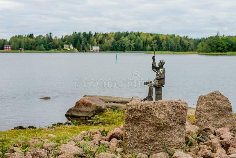 Sightseeing de Hamina Escultura no Golfo da Finlândia imagem de stock