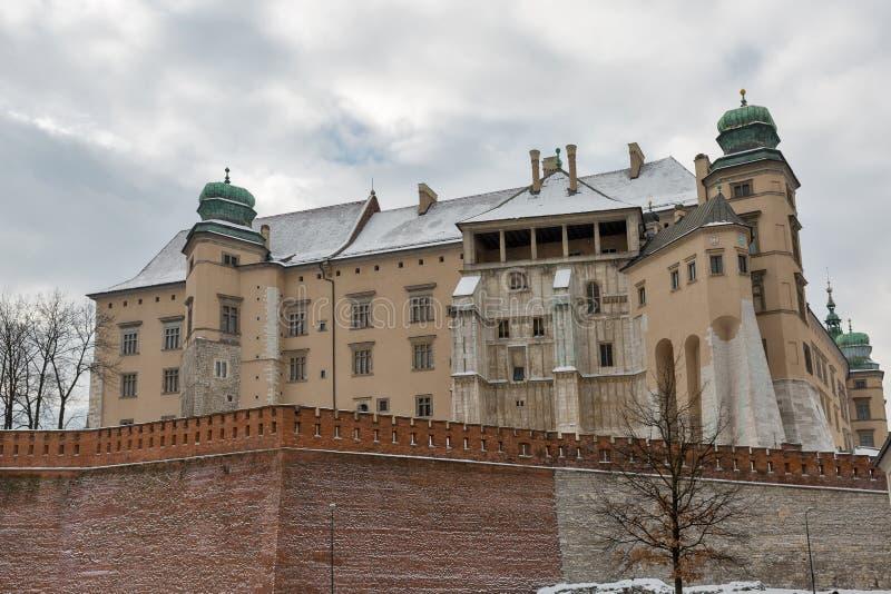 Sigismund-Vasaturm und -Verteidigungswälle Wawel Schloss, Krakau, Polen stockbilder