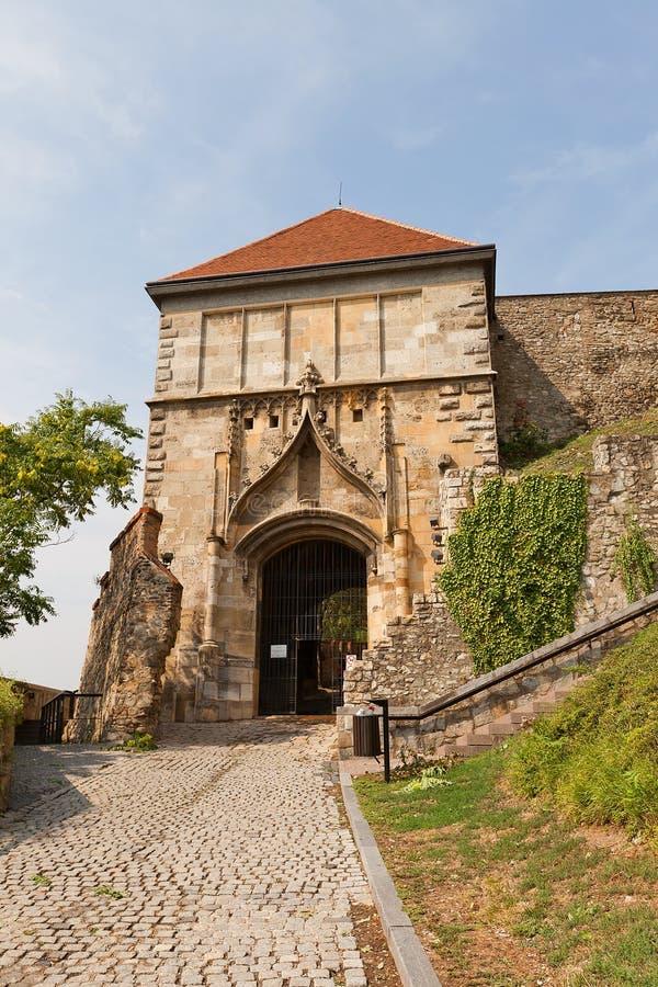 Sigismundpoort (XV c ) van het Kasteel van Bratislava, Slowakije royalty-vrije stock foto