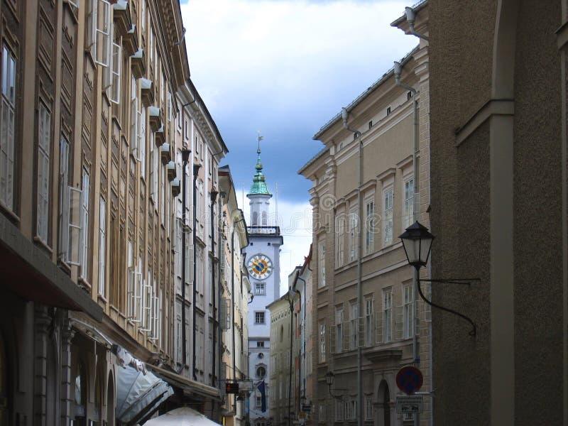 Sigmund Haffner Grasse (rua) em Salzburg, Áustria foto de stock