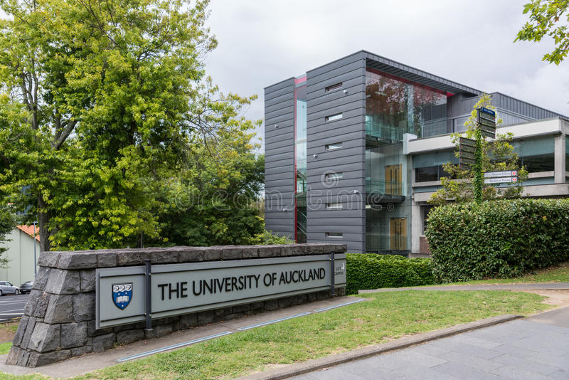 Sign at entrance of University of Auckland. royalty free stock photography