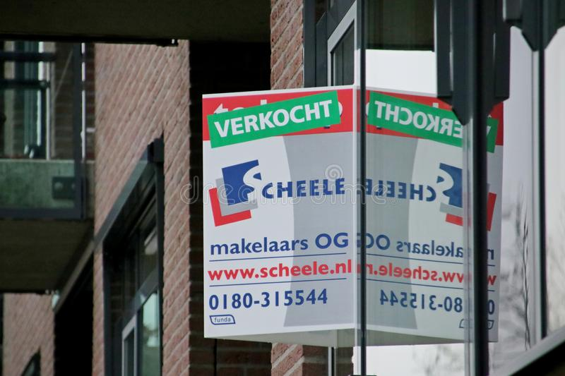 Sign sold over sign house for sale in Nieuwerkerk aen den IJssel. At a appartement stock images