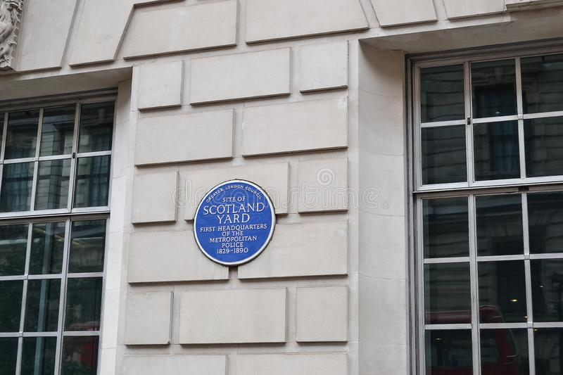 2014-09-20. United Kingdom. A sign on the wall of the building of Scotland Yard stock photography