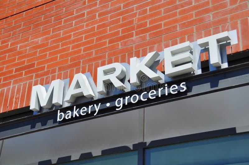 Signage da loja do mercado foto de stock