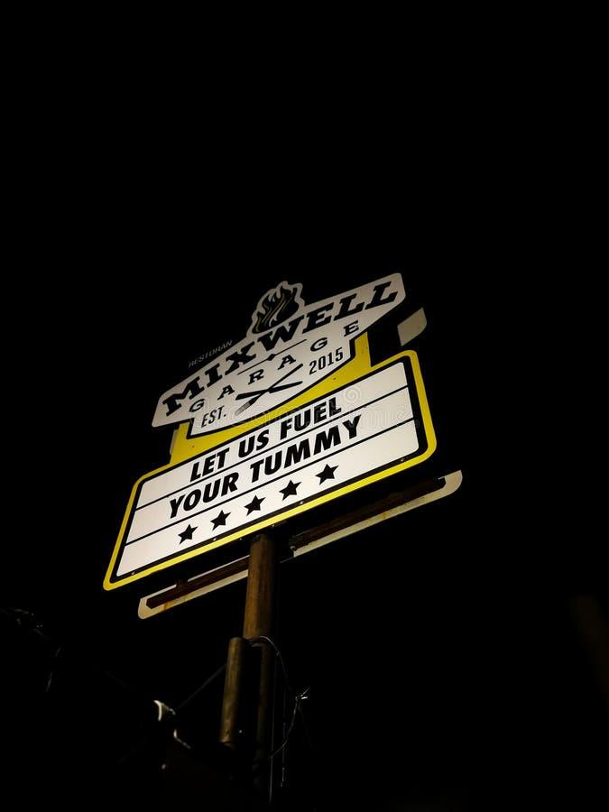 Signage Mixwell garażu restauracja, Sungai Tangkas, Kajang obrazy royalty free
