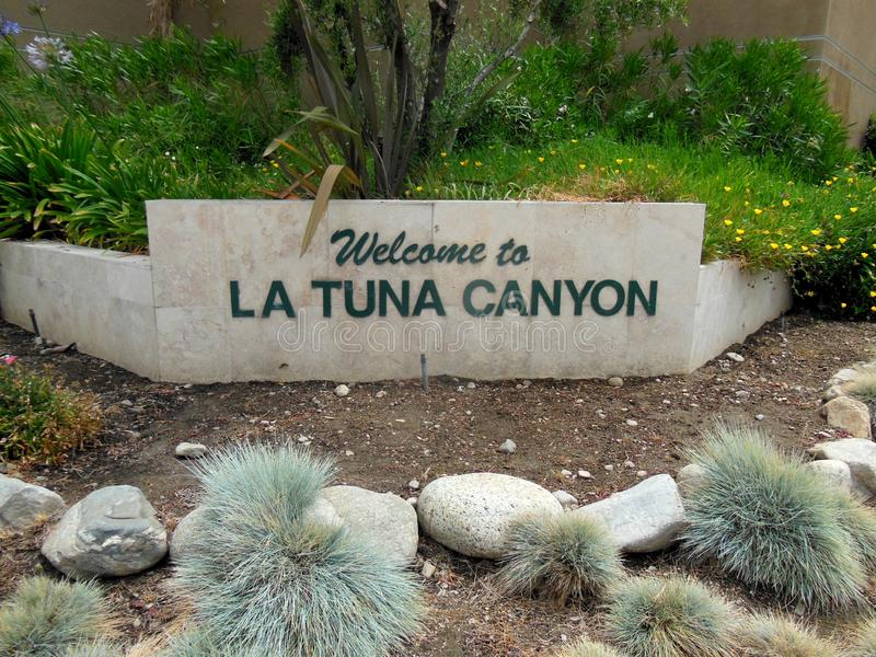 Signage voor LaTuna-Canion in Zonvallei, Californië stock afbeeldingen