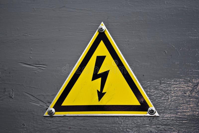 Signal d'avertissement - l'électricité images libres de droits