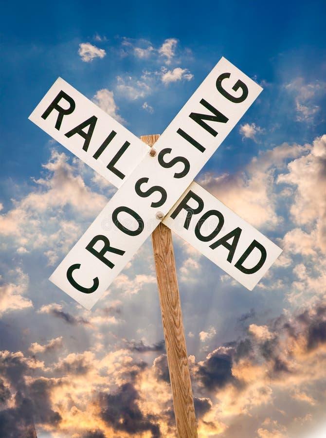Signal de franchissement ferroviaire images stock