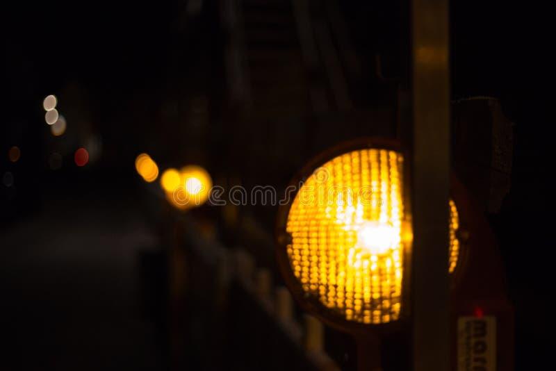 signalisation la nuit photo libre de droits