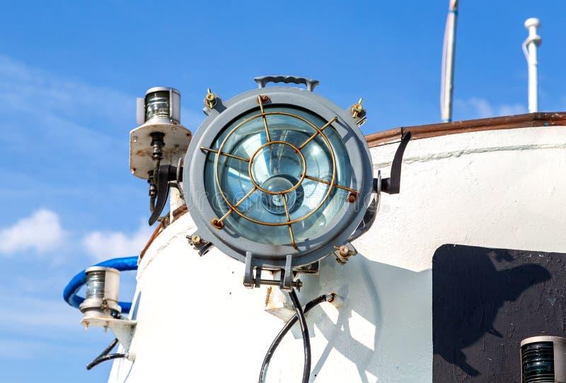 Signalljus på passagerareskeppet royaltyfri fotografi