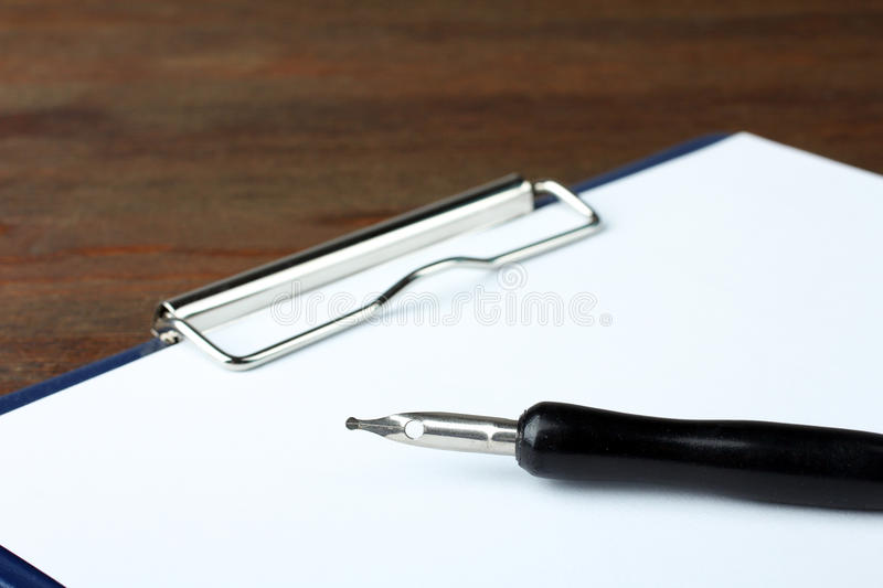 Signature d'un contrat photographie stock
