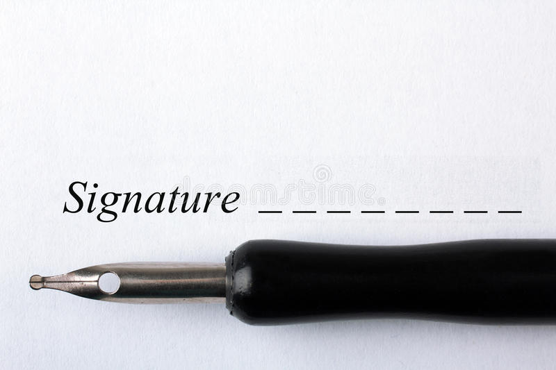 Signature d'un contrat photo libre de droits