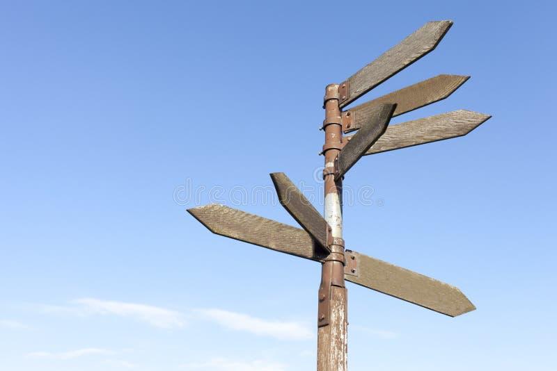 Signaux de direction en bois photos libres de droits